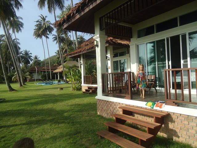 2 bedroom Aircon Bungalow Villa, view towards the bedroom